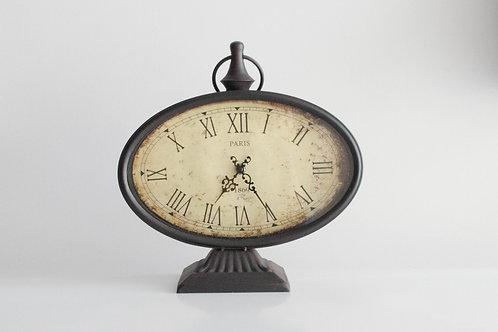 Relógio Oval