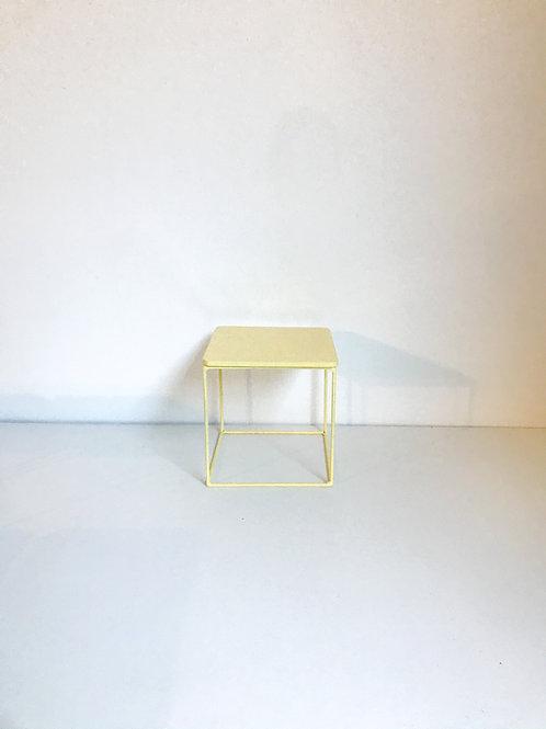 Suporte Mondrian cubo amarelo claro