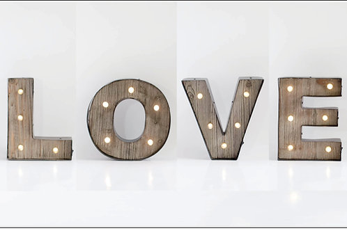 Luminoso LOVE independente