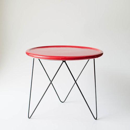 Prato Disco vermelho suporte alto preto
