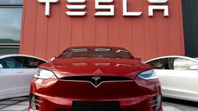 Tesla invests in bitcoin worth $1.5 billion to accept cryptocurrency as payment