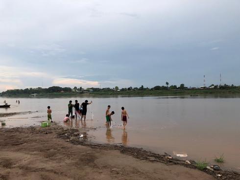 Mekong Activities_02.JPG