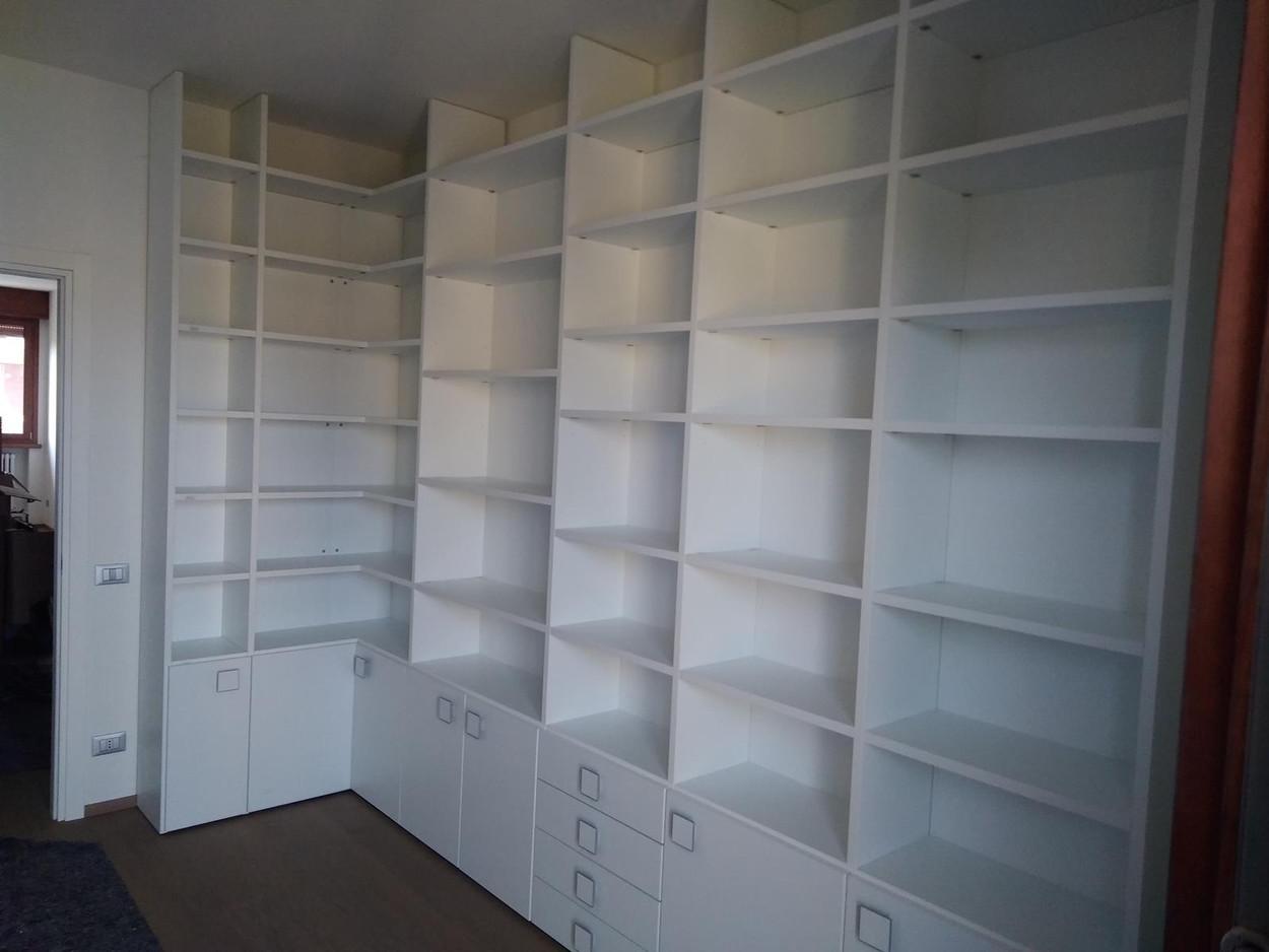 Libreria moderna Parma (PR)