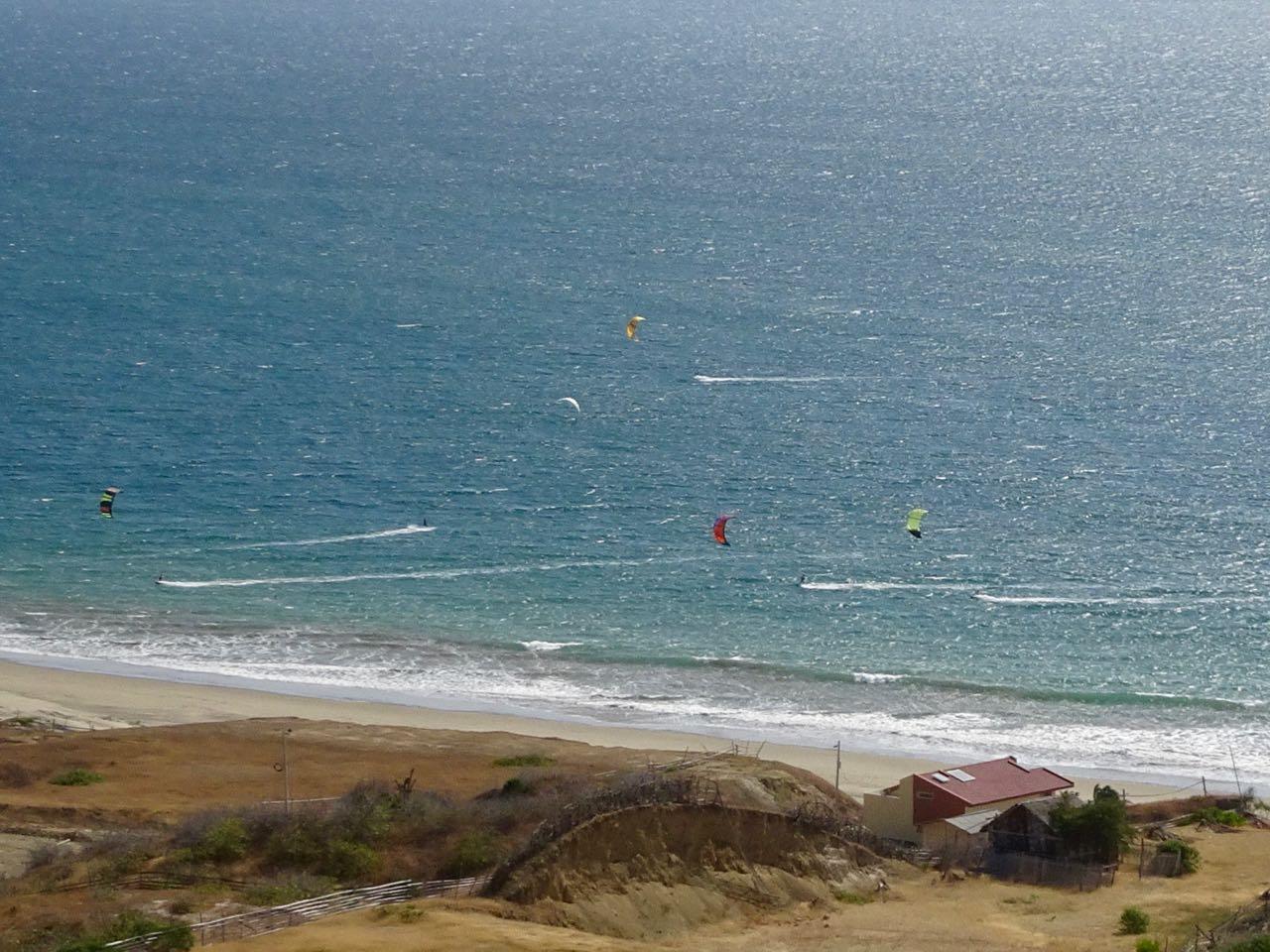 Kites von Weitem...