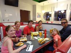 Hot Dog im Diner - what else?
