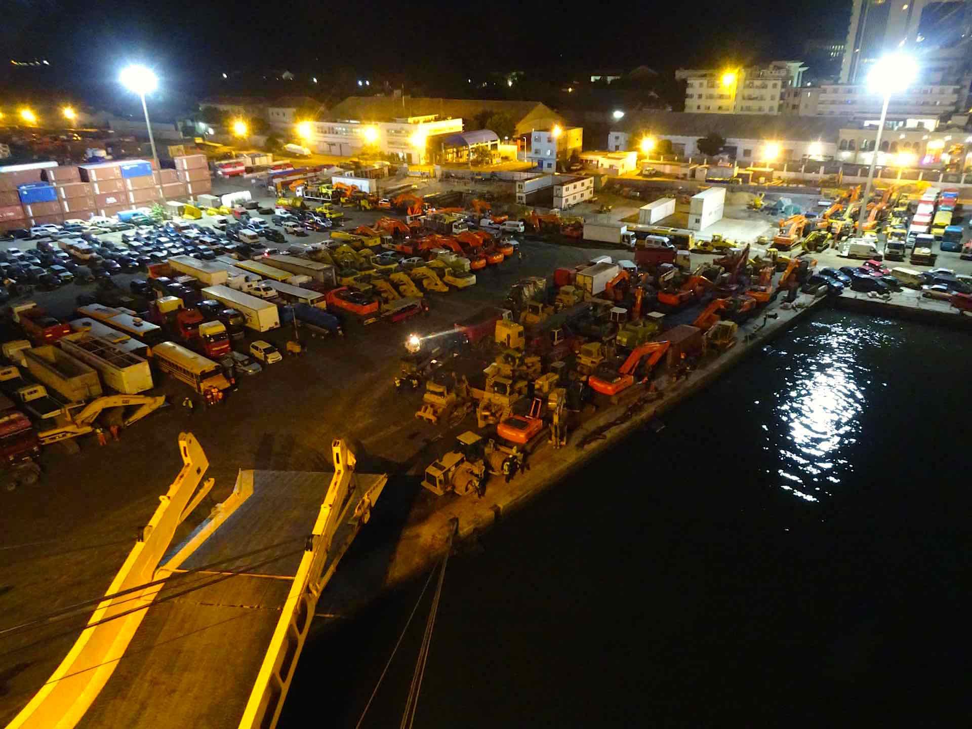 Hafen von Dakar by night