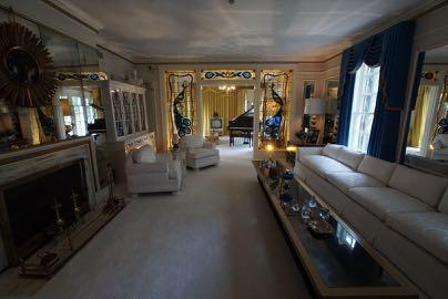 Eines der Wohnzimmer