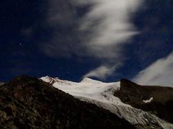 Aufstieg bei Nacht
