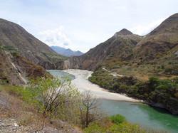 Riesiges Flusstal
