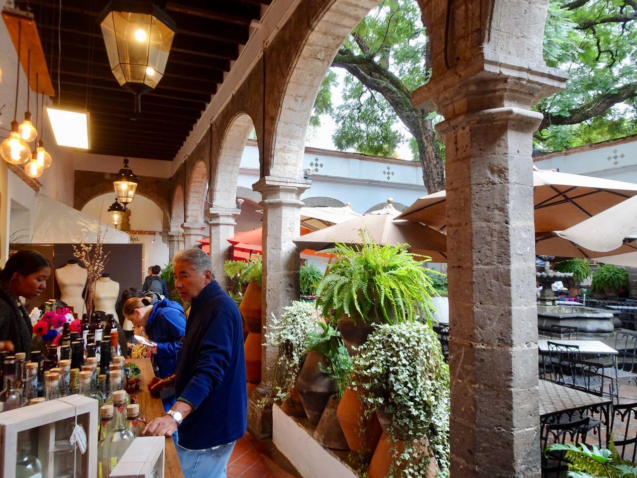 Plaza Jacinto-toller Samstagsmarkt