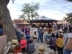 Country Rock auf der Plaza