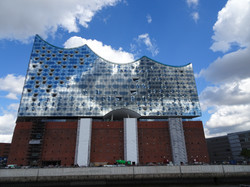 Elbphilharmonie (immer noch im Bau)