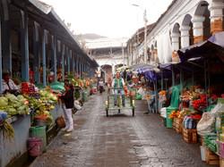 Markthallen von Otavalo