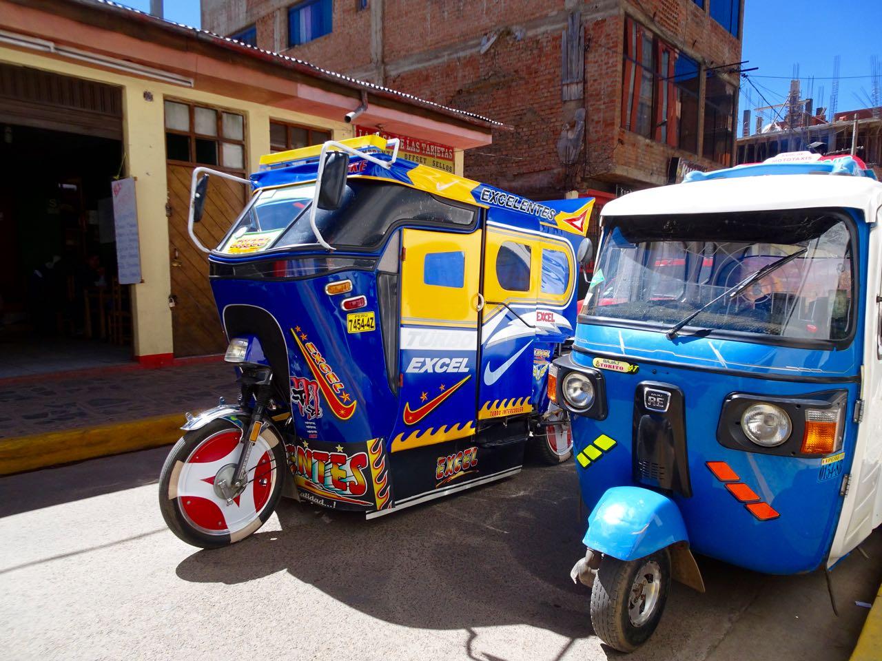 Tuktuks von Puno