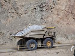 Haushoher Truck