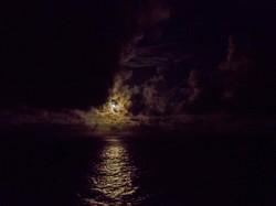 Vollmond über dem Atlantik