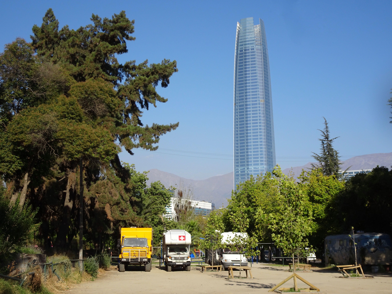 Cooler Stellplatz im Zentrum Santiagos