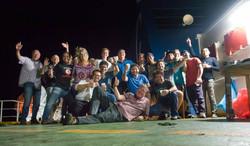 Gruppenfoto mit Crew