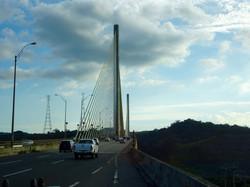 Brücke über den Kanal