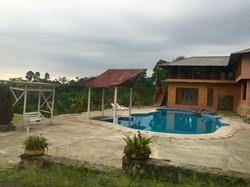 Pool Kaluz