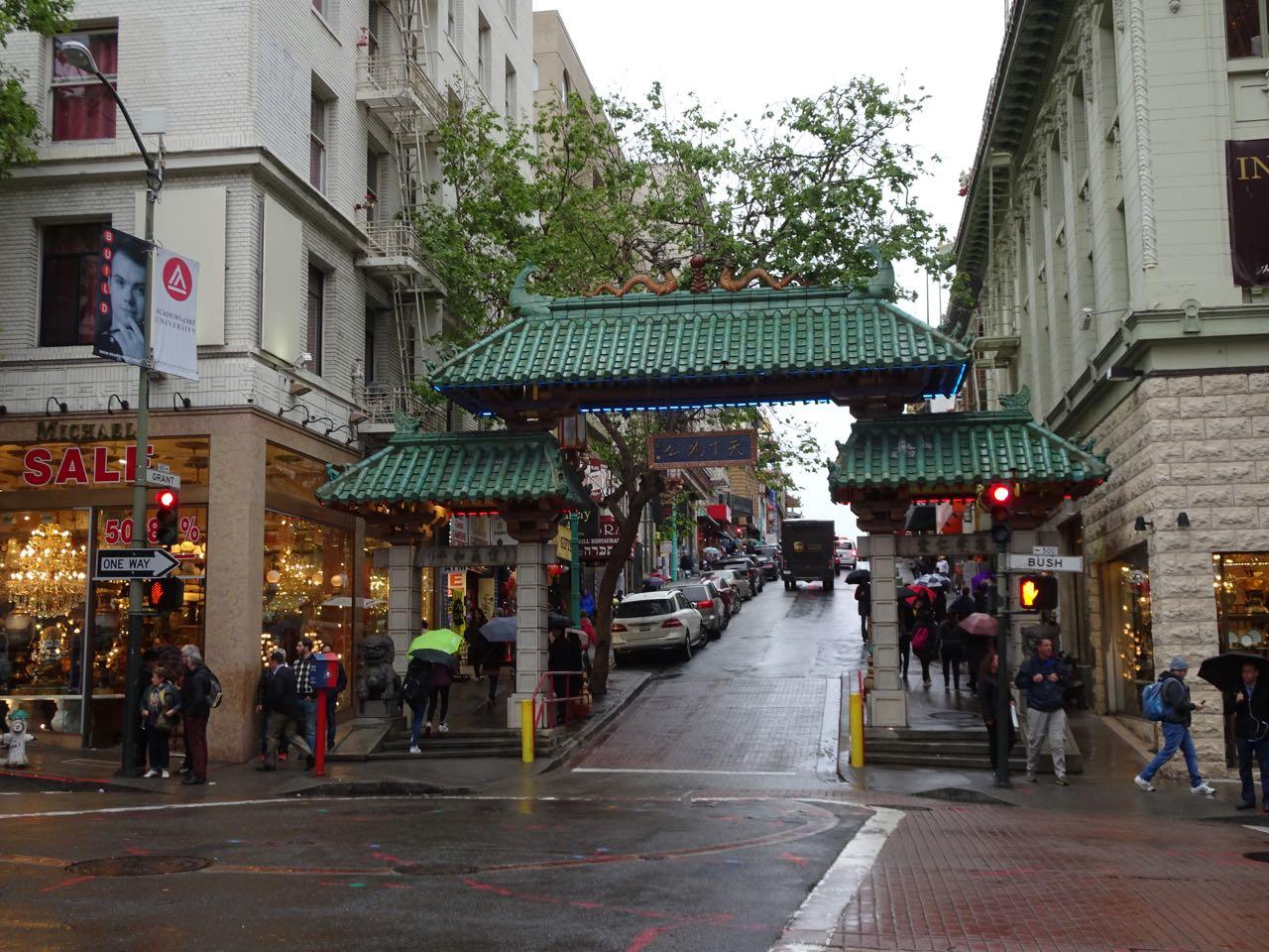 Gate of Chinatown