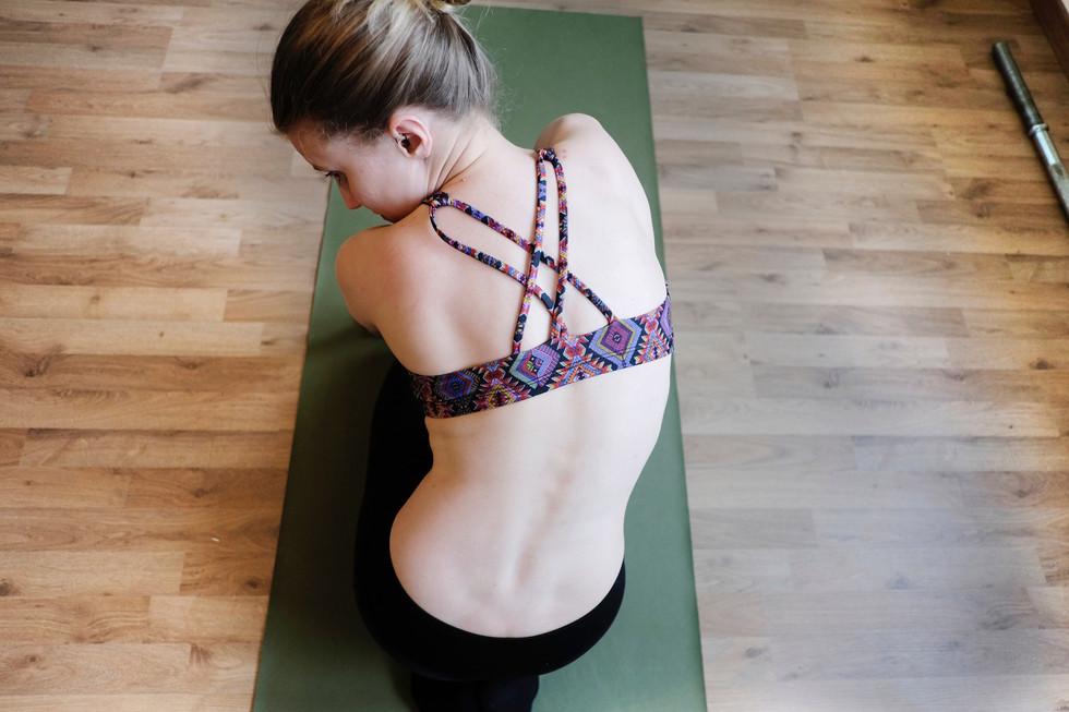 ¿Yoga en casa? 5 razones por las que te hará un mejor yogui
