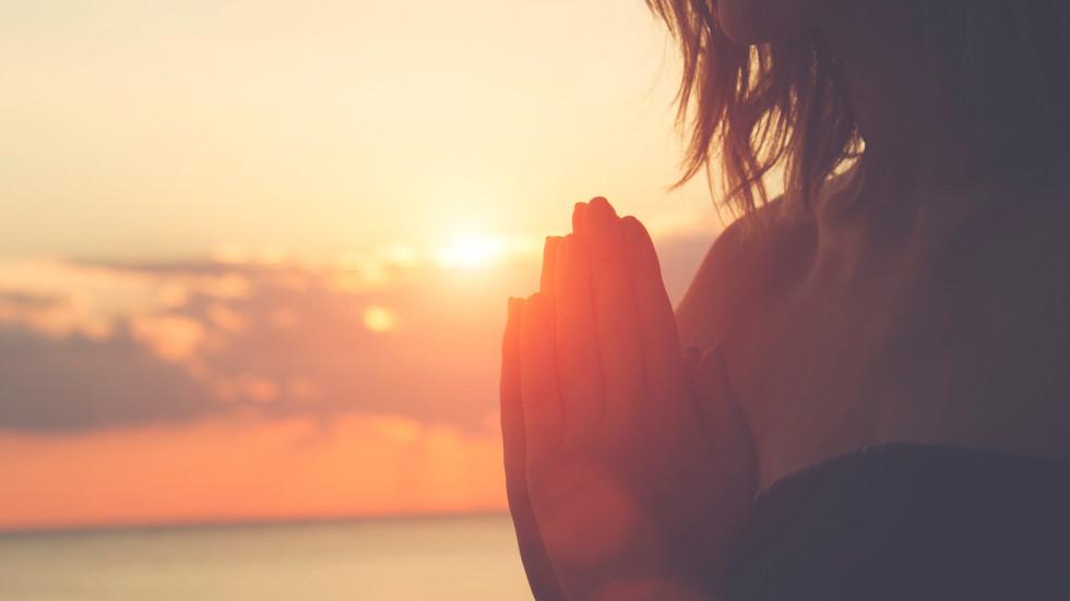 5 tipos de meditación que no te mantendrán inmóvil