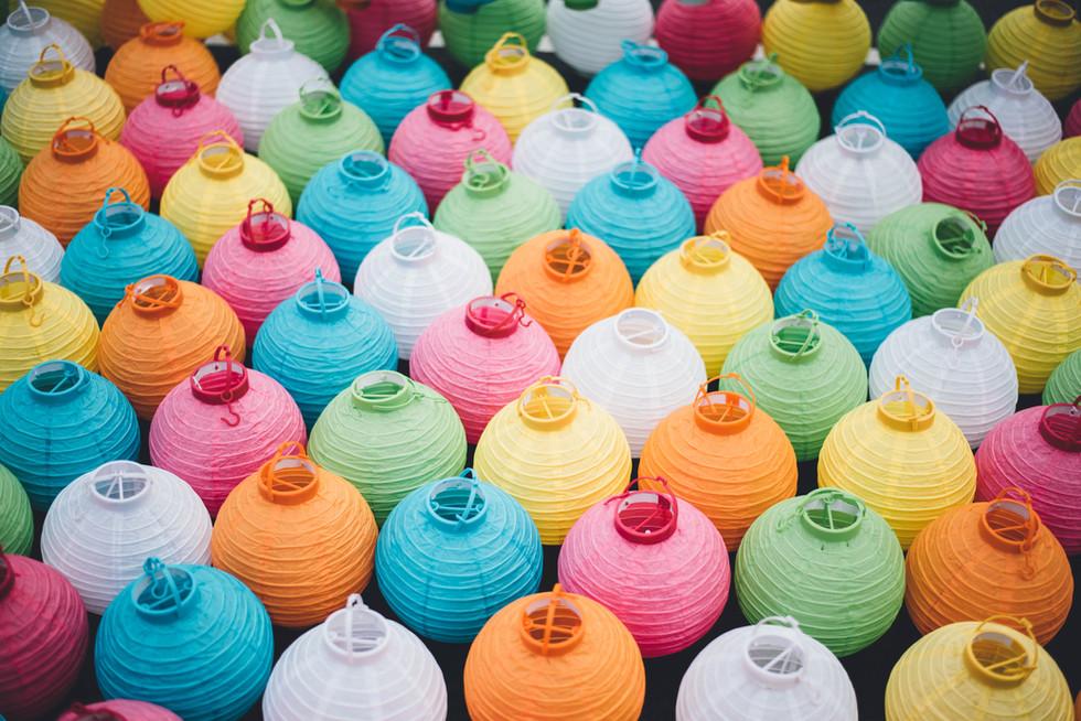 Conoce el poder de los colores al meditar y ¡Crea tu espacio!
