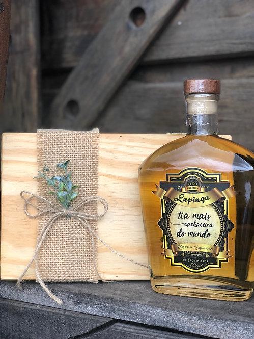 KIT - Cachaça Lapinga Premium na caixa de madeira