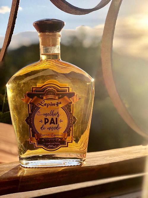 Para o melhor pai do mundo -Cachaça Lapinga Ouro Premium 750ml