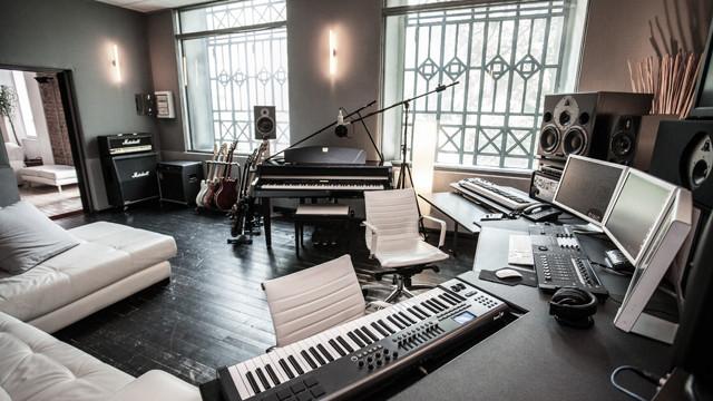 studio galerie.jpg