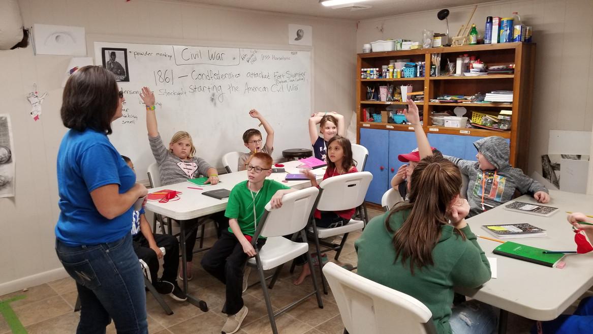 Reading Students Civil War Diaries (2).j