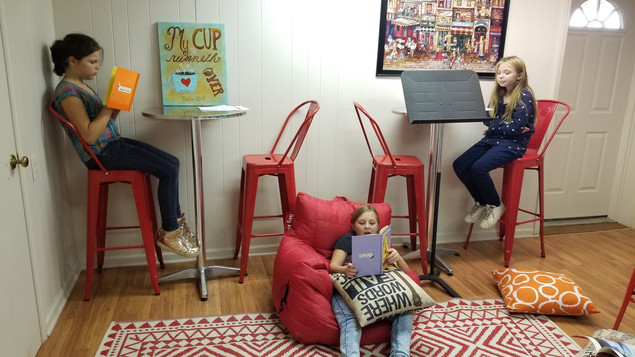 Kids-Love-Read-Alone-time-1.jpg