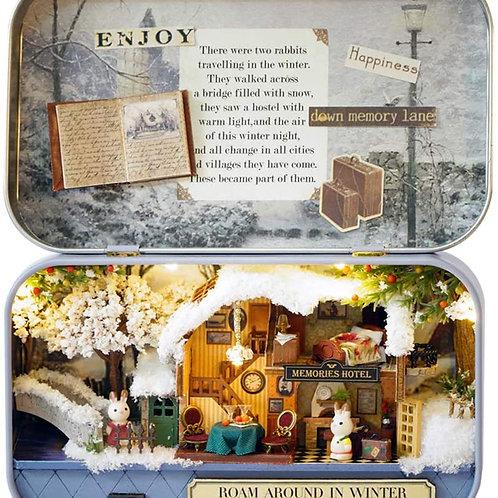 'Roaming in Winter' miniature 'diorama' kit