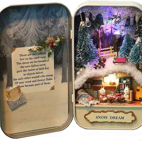 'Snow Dream' miniature 'diorama' kit