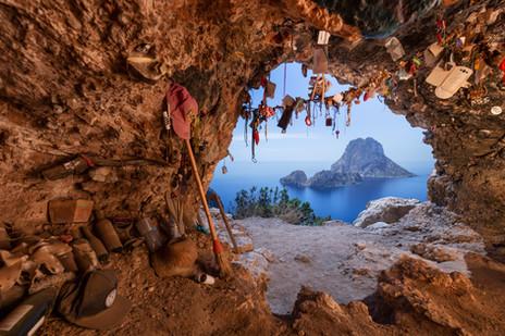Cueva del Oso2.jpg