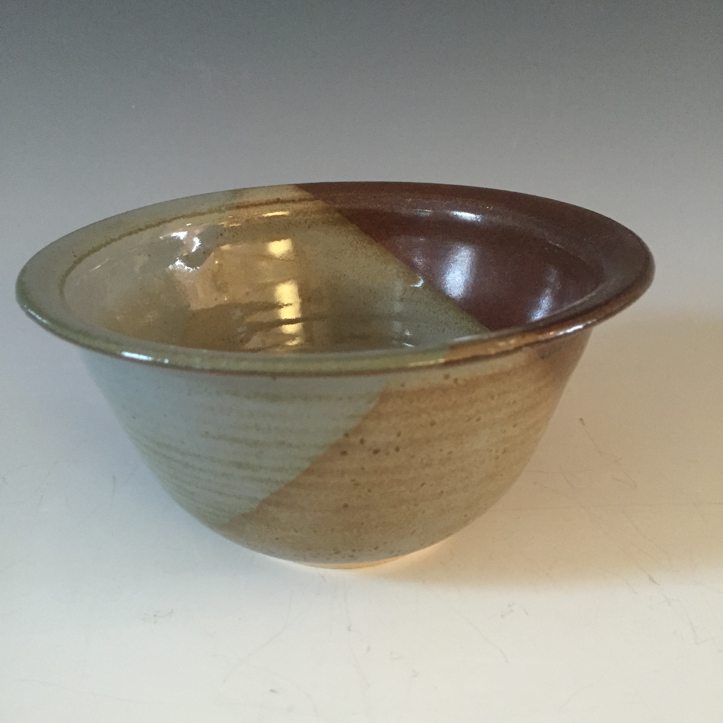 Soup Bowl with Flat Rim
