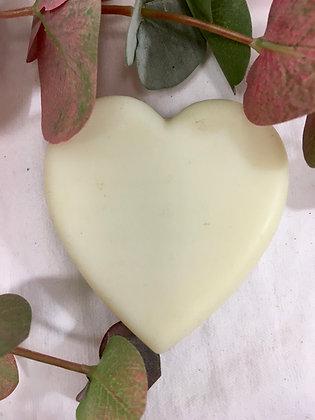 Dindi heart soap