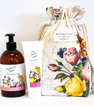 Bramble Bay gift bag peony, green tea & jasmine
