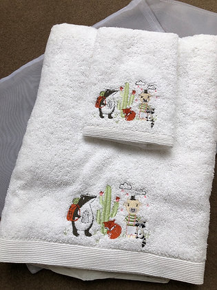 Towel/face washer set in organza bag