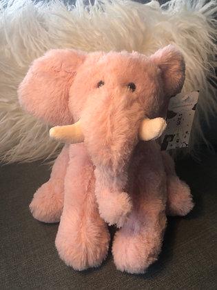 Sitting small elephant
