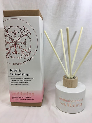 Love and friendship aromabotanical reeds