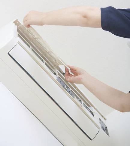 Cheap aircon servicing and chemical cleaning in Singapore