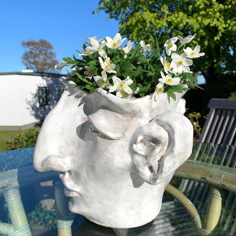 bouquet vase man