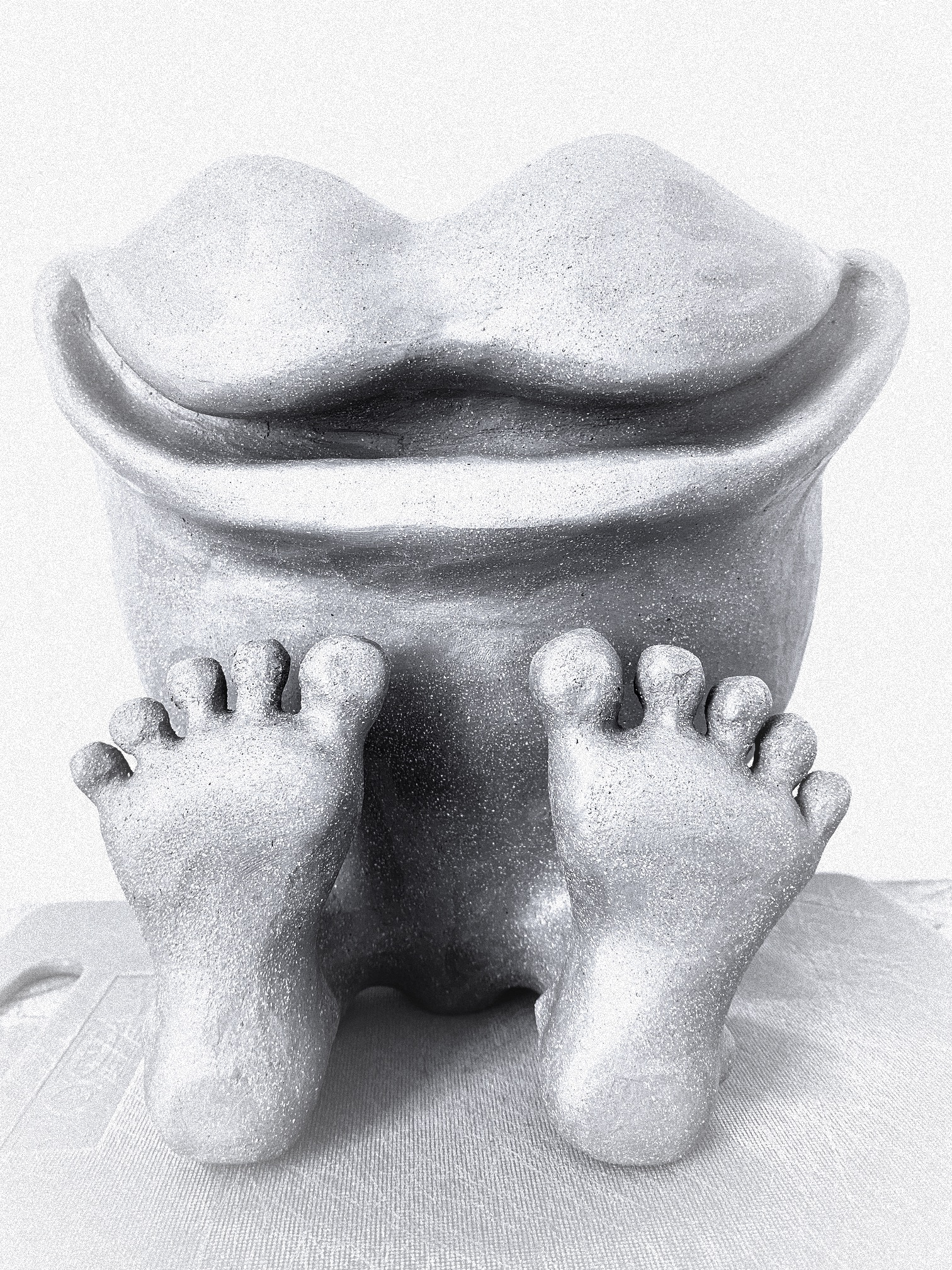 My happy feet vase