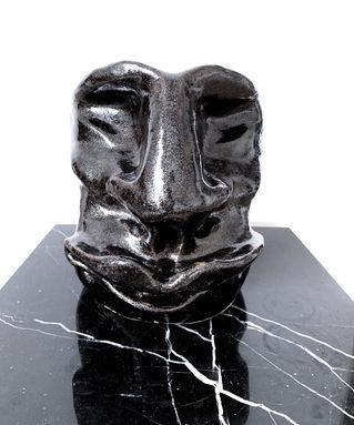 art face vase Michala Brincker.jpg