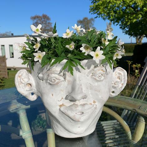 art vase white woman face