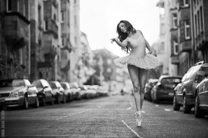 dance - bal in street.jpg