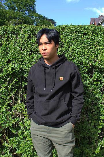 photo_for_incoming_jeo_2_edited.jpg