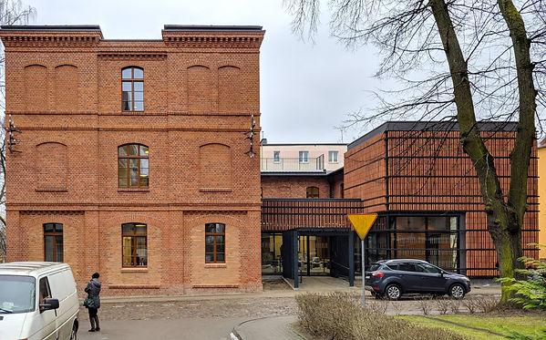 Hospicjum Caritas dla dzieci w dawnych koszarach w Olsztynie przy ul. Kromera 5-7.
